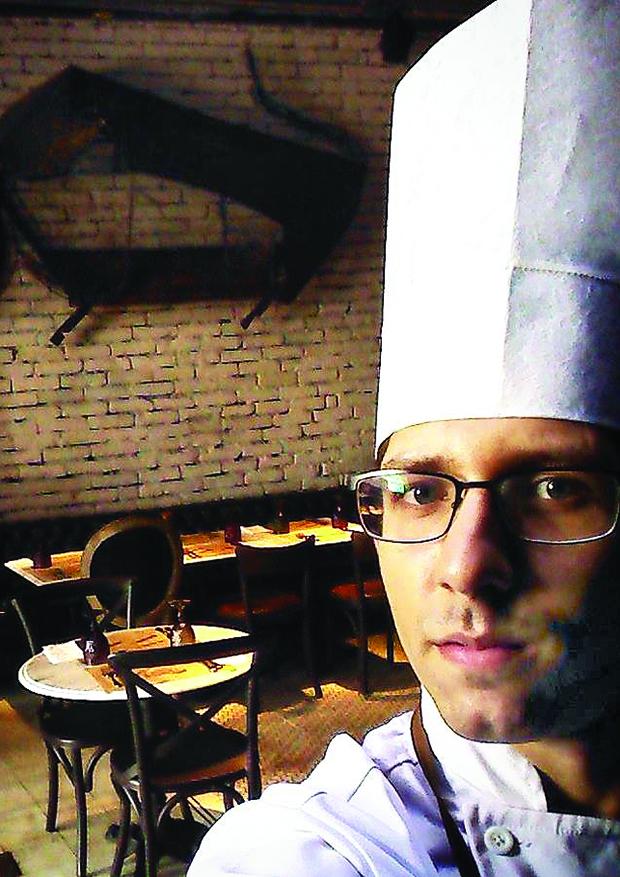 Chef ALEX ATALA 1 xx
